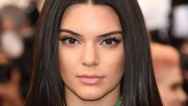 Kendall Jenner cumple 21 años y lo celebra con vestido de cristales Swarovski