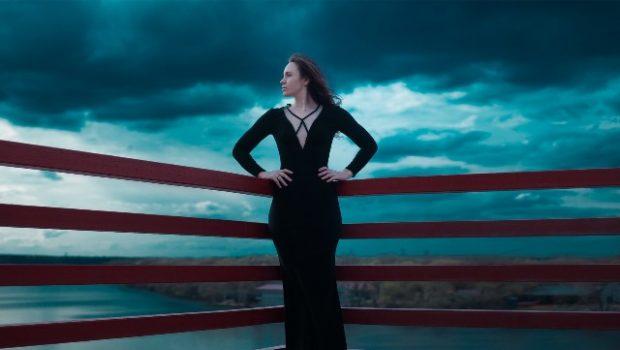 b7d5a0986 5 consejos para lucir un vestido negro a la perfección y verte increíble